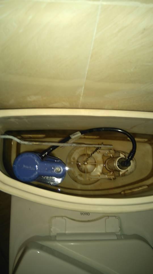 Thợ sửa chữa bồn cầu WC tại Hà Nội