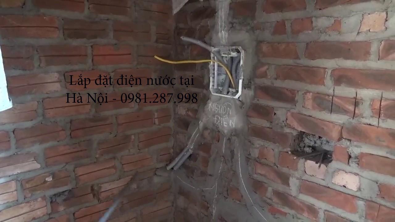 Lắp đặt hệ thống điện âm tường