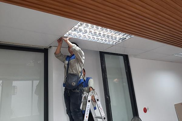 Thợ sửa chữa điện tại nhà quận Đống Đa - 0981.287.998